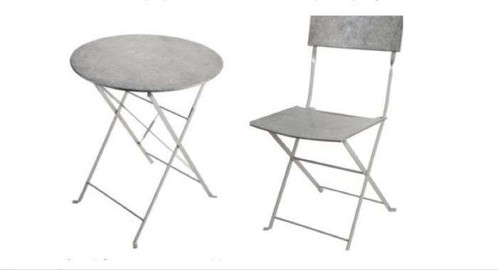 700_balcony-gardener-zinc-bistro-table-and-chairs-for-two