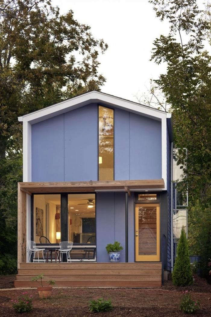 Narrow House Facade 700 Blue Facade In Narrow Tall Modern House By In Situ Studio With