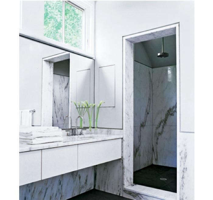 700_deborah-berke-marble-bath-2