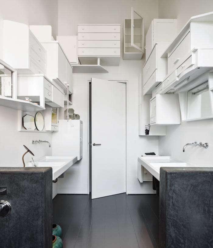 700_diy-wenes-residence-bathroom-01