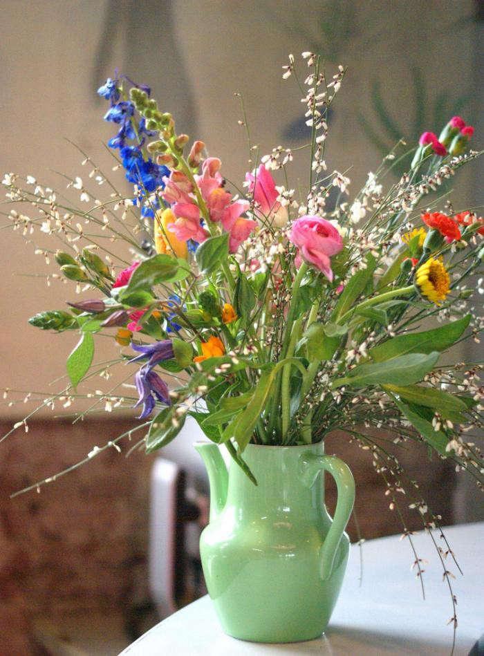 700_flowerday-arrangement-villa-agusutus