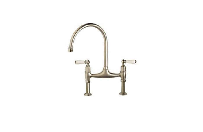 700_franke-manor-house-gooseneck-bridge-kitchen-faucet-02