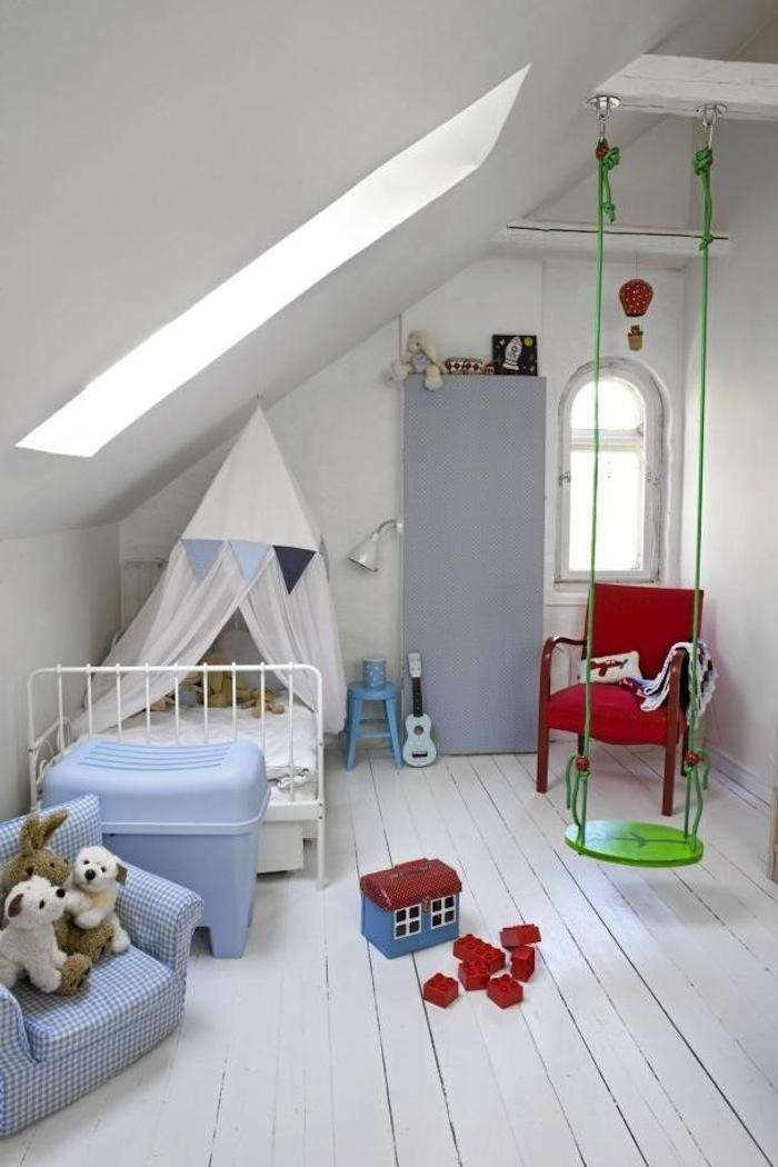 700_green-swing-boys-room