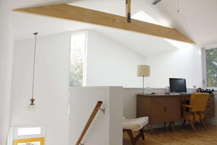 700_in-situ-studio-residence-with-lofted-office-space-and-beamed-ceiling