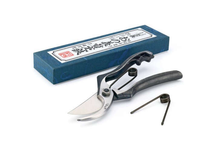 700_japanese-pruners-from-manufactum