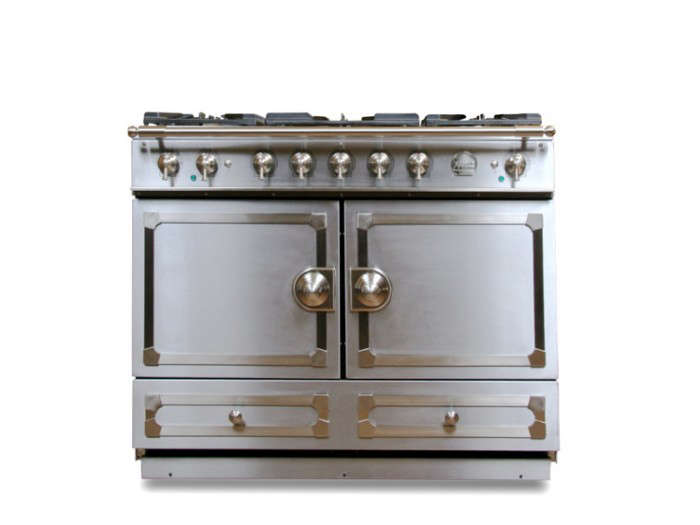 700_la-cornue-cornu-fe-stove