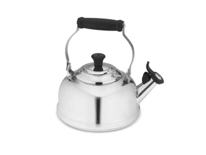 700_le-cruset-tea-kettle-silver