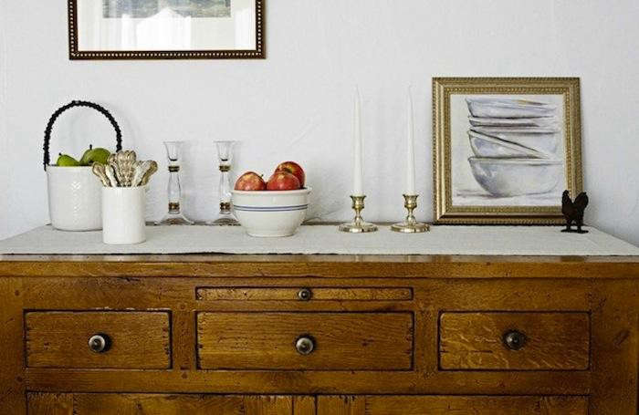 700_magness-interiors-buffet-credenza-with-antiques