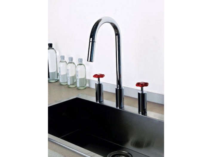 700_oxygene-hi-tech-faucet-02
