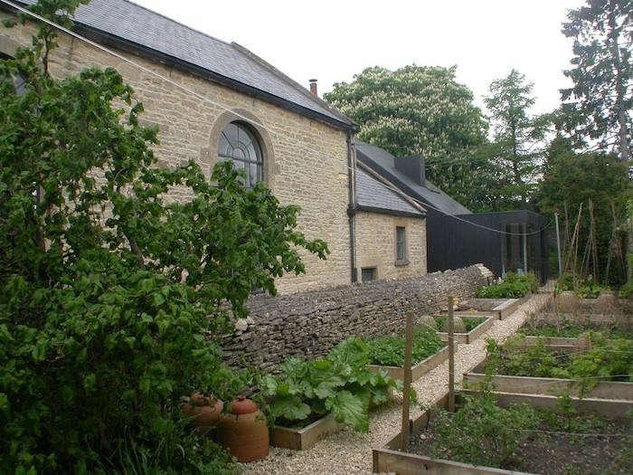 700_providence-chapel-garden-10