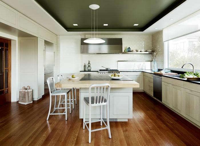 700_sherlock-holmes-kitchen-3