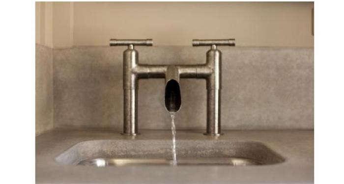 700_sonoma-forge-waterbridge-faucet