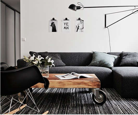coffee-tables-on-wheels-black-couch