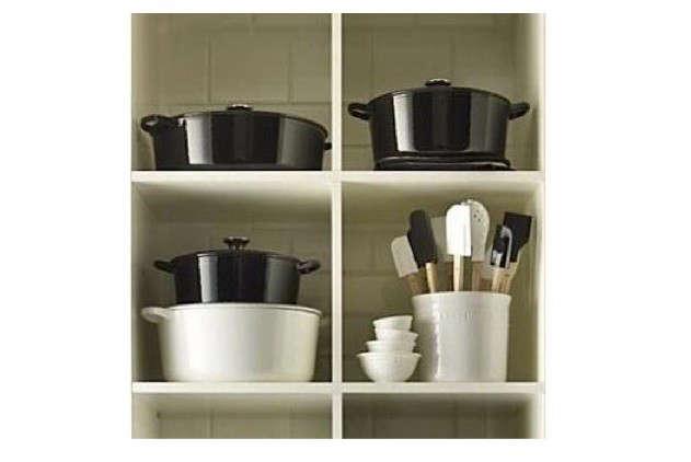 le-creuset-black-white-shelving-image