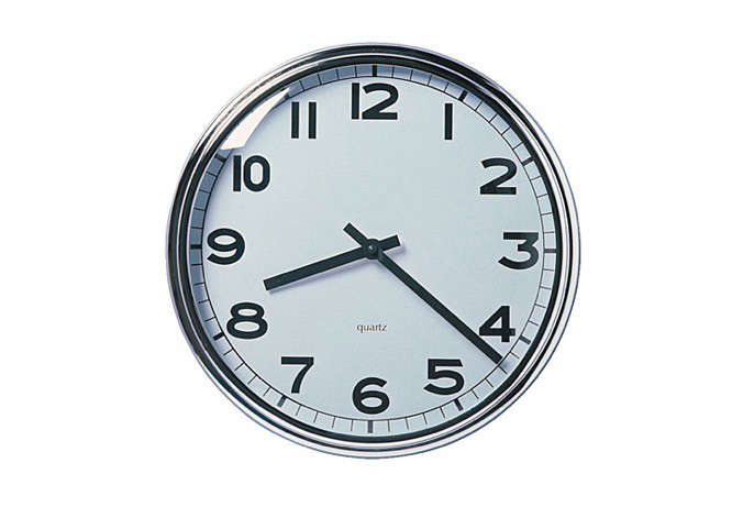 10 easy pieces simple kitchen clocks remodelista