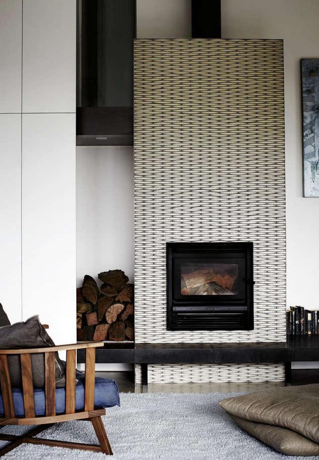Expert advice living in black and white remodelista for Living room 101 atlantic ave boston