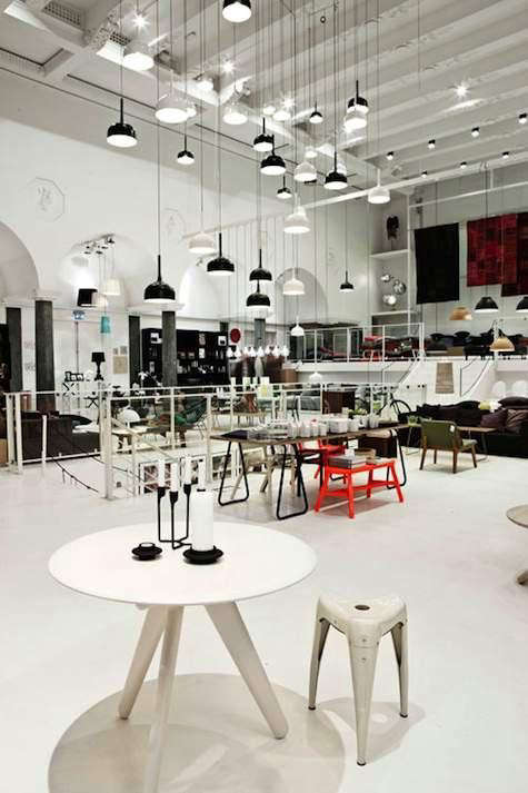 Normann%20Flagship%20store%20475