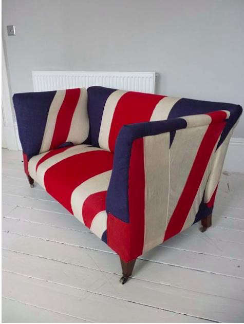 blighty-england-couch