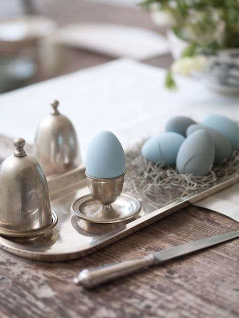blue-easter-eggs-paltrow