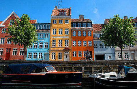 copenhagen-by-boat-475