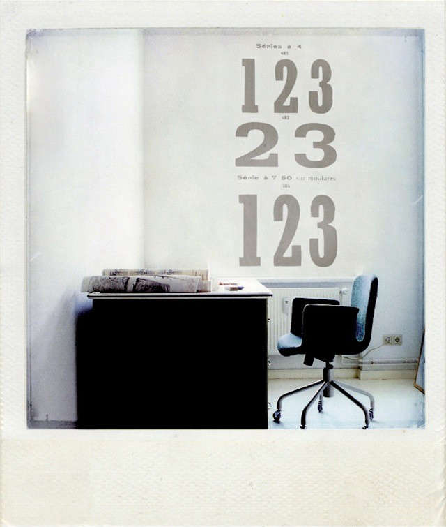 1graphic-grey-numbers-wall-sticker