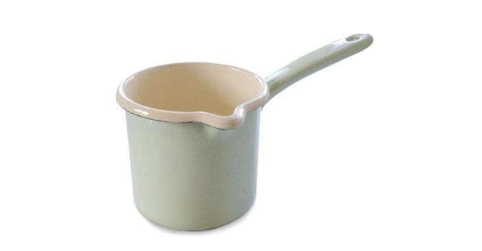 700_01-green-enamel-cup