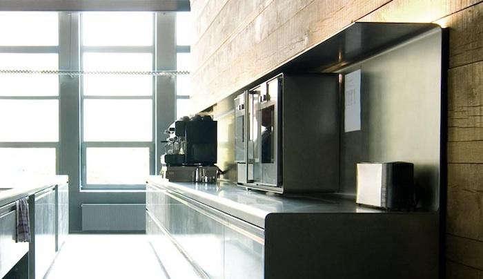 700_8-mile-kitchen-metal-installation