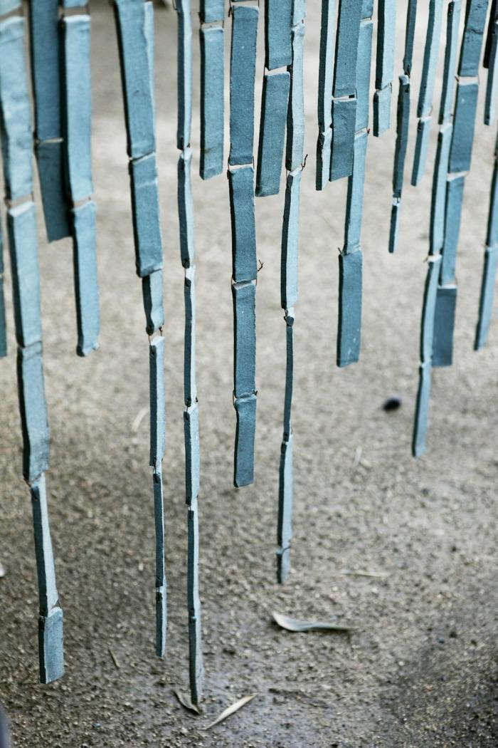 700_axe-blue-ceramic-curtain