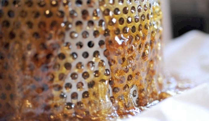 700_bee-napa-valley-honey-press