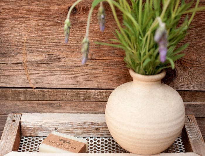 700_calistoga-ranch-vase-lavendar