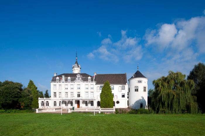 700_chateau-bethlehem-piet-hein-eek-4