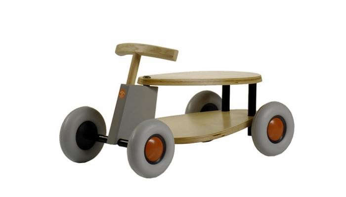 700_grey-toy-car-wheels