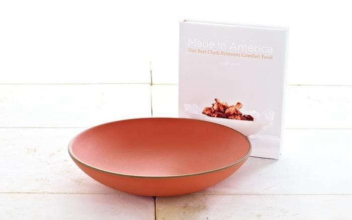 700_heath-ceramics-2012-bowl