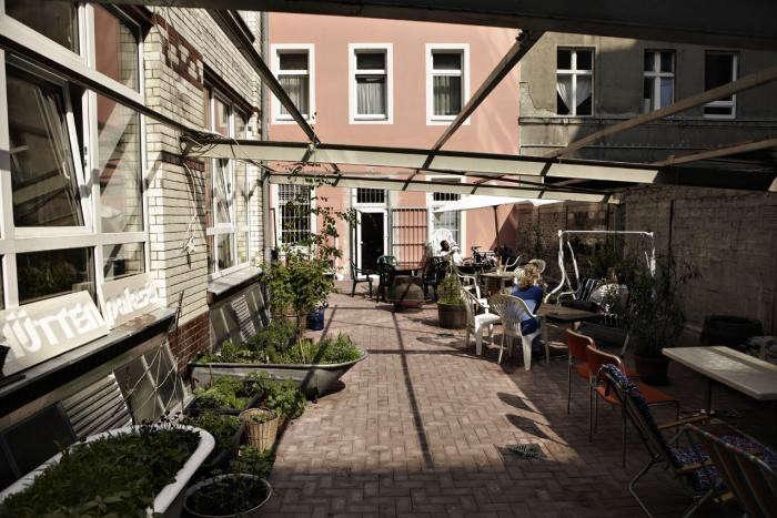 700_huettenpalast-garden