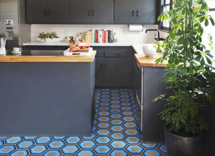 700_kismet-kitchen-blue-tiles