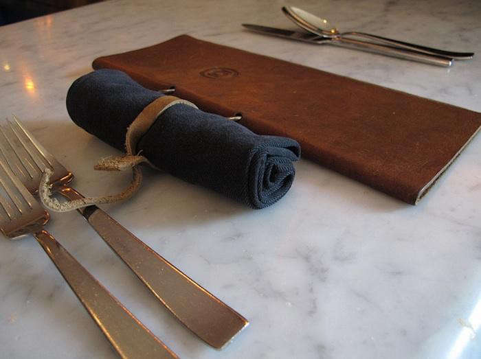 700_leather-ties-bar-bambino-navy-napkins