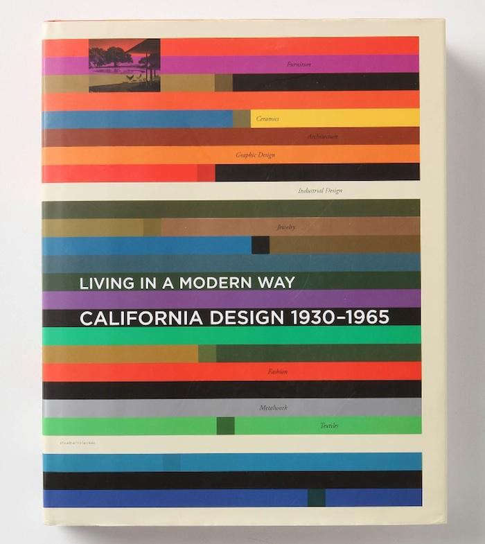 700_living-in-a-modern-way-front-cover