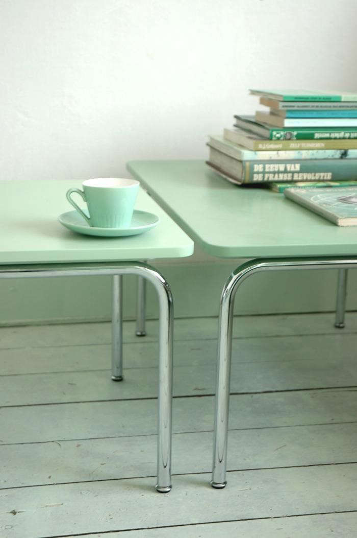700_rm-ont-green-tables