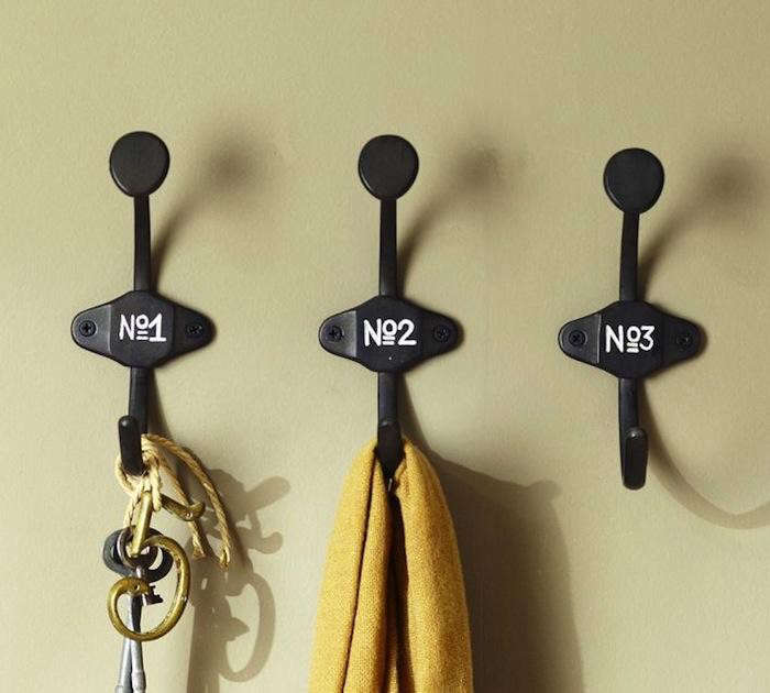 700_schoolhouse-numbered-hooks-pottery-barn