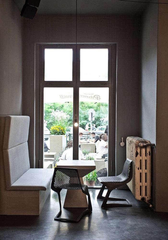 700_tin-berlin-restaurant-seats-view-outdoors-jpeg