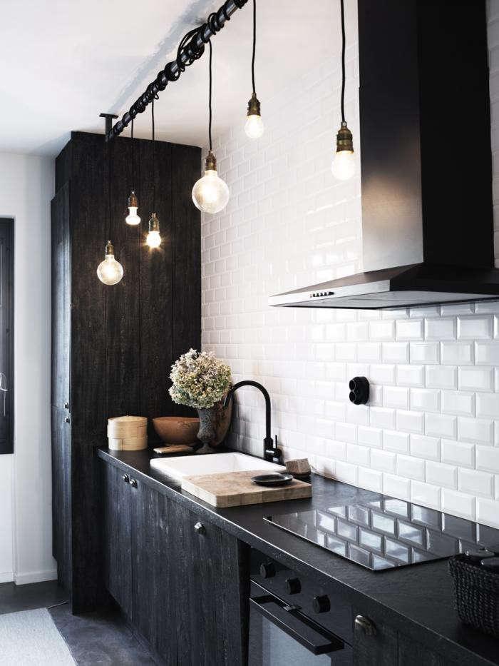 700_white-scandi-kitchen