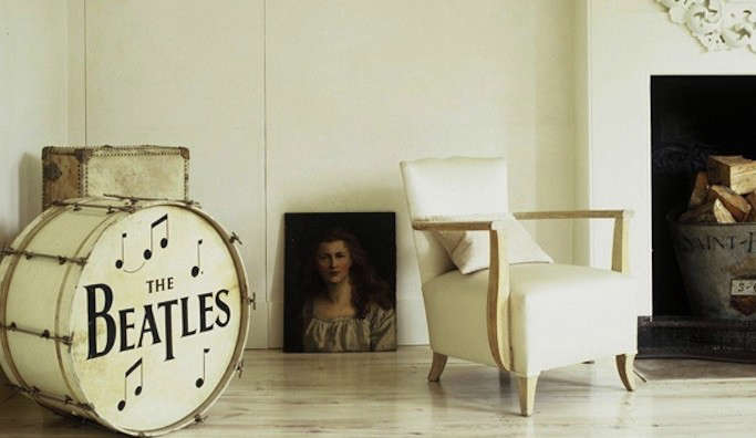 graphic-prints-beatles-drum-at-home