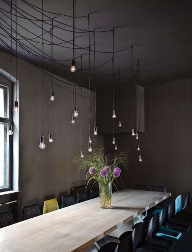 tin-berlin-hanging-lights-flowers-blossoms