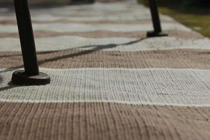 700_a-closeup-williams-sonoma-stripe