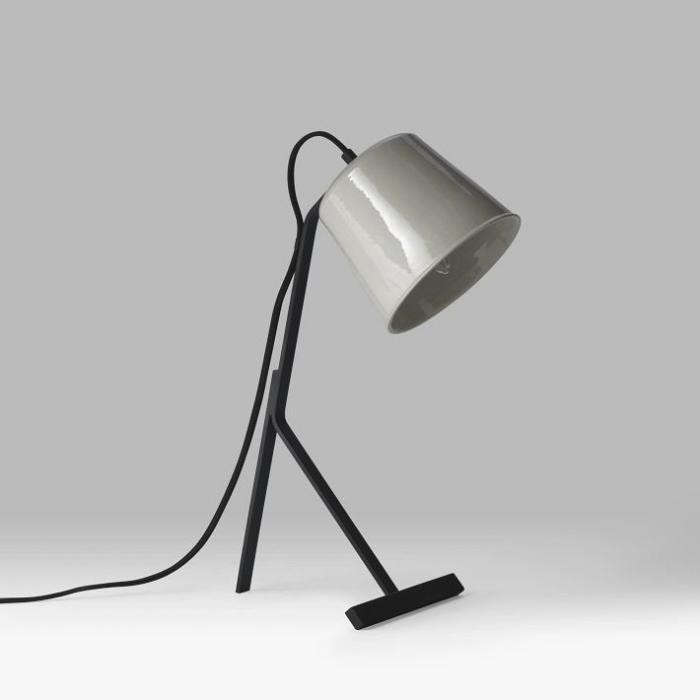 700_dokter-misses-table-lamp-1