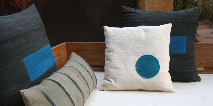 african-pillows-blue-dot