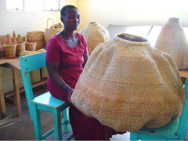 Basket Weaving Supplies South Africa : African baskets of dramatic proportion remodelista