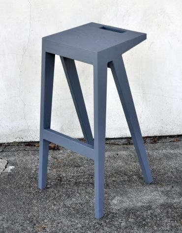 Portland-stool-3