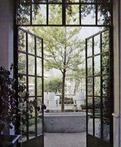 asli-garden-entrance