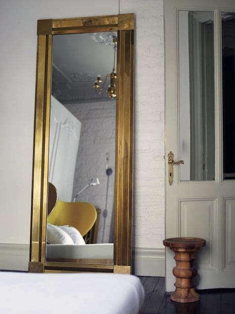 autoban-gold-mirror